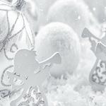 Какое серебро дарить на Новый год и в каких украшениях его встречать?